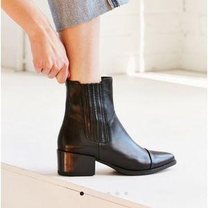 Vagabond Marja Chelsea Boots